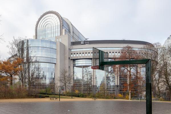 """Het Europees Parlement, het gebouw Paul-Henri Spaak of nog de """"Caprice des Dieux"""""""