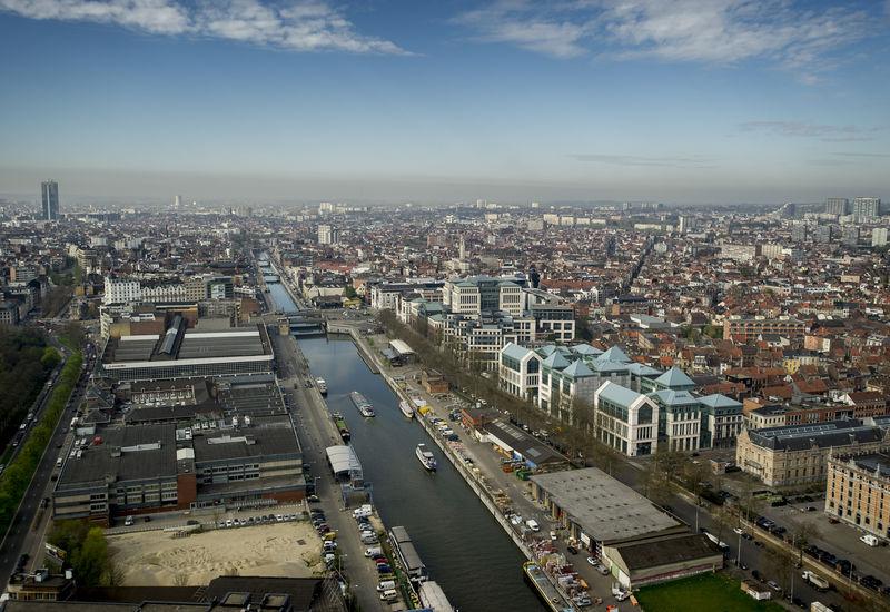 Vue du canal de Bruxelles (Quai des péniches)