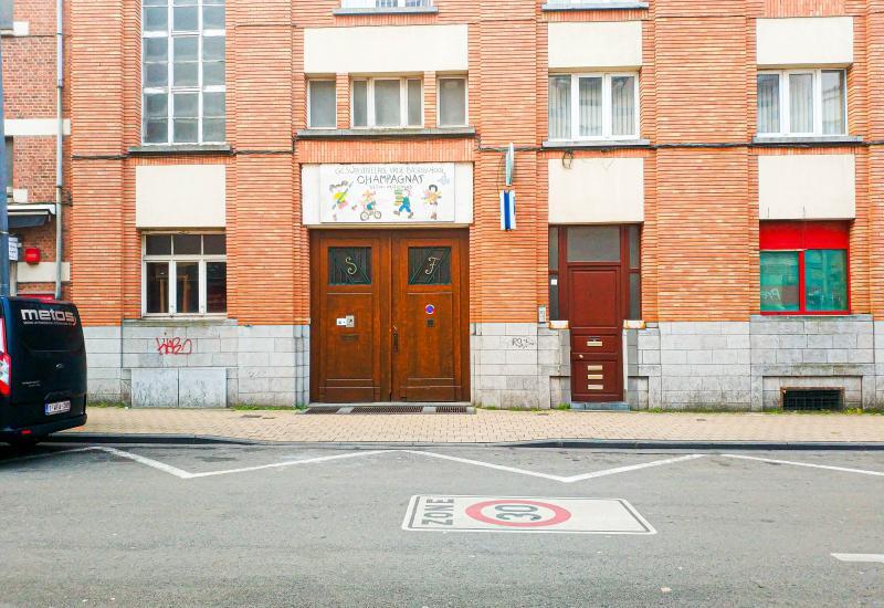 ingang van de school Champagnat Richard Vandeveldestraat